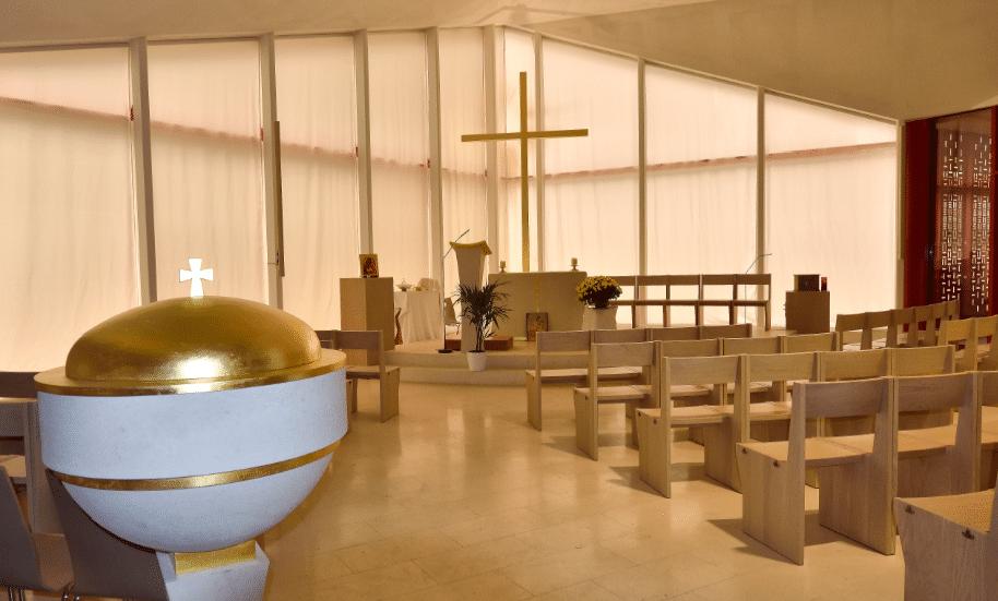 Chapelle entière